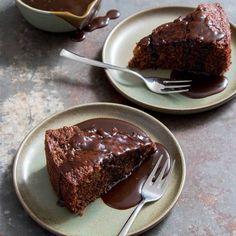 Deze sticky toffee cake staat vandaag online! Zie link inhellip