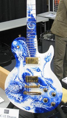 RR-C12 Dragon blue and white electric.