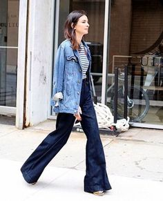 See how to pull off wide-leg denim for fall with street style inspiration from Leila Yavari. Fashion Week, New York Fashion, Fashion Looks, Net Fashion, Fashion Beauty, Looks Style, Style Me, Leila Yavari, Wide Leg Denim