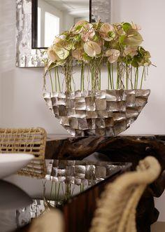 Beautiful arranged with Anthurium. Glamorous!