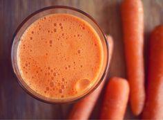 Gulrotjuice er supermat for huden din Juice Smoothie, Smoothies, Latte, Peanut Butter, Paleo, Nutrition, Pure Products, Vegan, Tableware