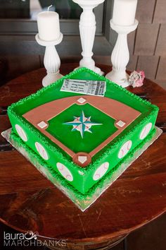 Seattle Mariners themed grooms cake. By Seattle Wedding Photographer Laura Marchbanks Photography.