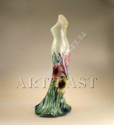 Ваза для цветов платье