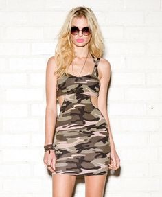 Camouflage Bodycon Dress | FOREVER21 - 2059177823 and they don't have it in a small :-(