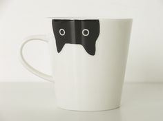 It is a face version from the Atsuko Matano Atsuko Matano black cat mug cup top