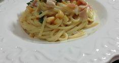 Fantastická smotanová omáčka na cestoviny so šunkou, kukuricou a špenátom. Jednoduchý a rýchly recept so značkou Ženy v meste. Dobrú chuť vám želáme. Pasta Recipes, Fondue, Spaghetti, Leto, Ethnic Recipes, Noodle