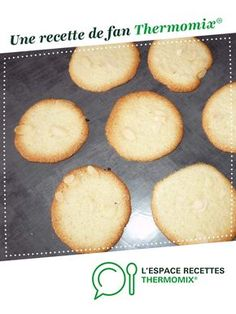 tiles with leftover egg whites per strands A fan recipe to find in the Desserts & Confectionery category on www., of Thermomix®. Cooking Chef, Cooking Recipes, Easy Desserts, Dessert Recipes, Dessert Thermomix, Galletas Cookies, Dog Recipes, Confectionery, Recipes