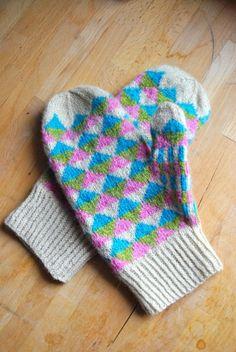 Trigonal Mittens by knitahedron | Project | Knitting / Gloves  Mittens #knitting #kollabora #DIY