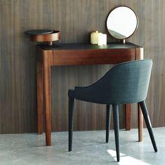 image Kaptafel Junius, design E. Gallina AM. Home Design Decor, House Design, Home Decor, Loft House, Diy Vanity, Table Desk, Luxury Furniture, Decoration, Modern Contemporary