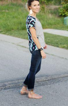 Contrast back tee, dark denim and metallic sandals