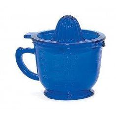 Vintage Style Blue Juicer Vintage Inspired, Vintage Style, Vintage Fashion, Nostalgia, Blue, Fashion Vintage, Preppy Fashion, Preppy Fashion, Vintage Interiors