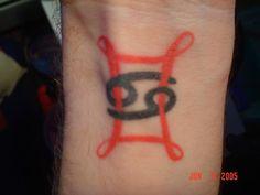 gemini symbol tattoo design tribal zodiac star sign picture design 500x500 pixel tattoos. Black Bedroom Furniture Sets. Home Design Ideas