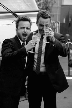 Happy new year, bitches!!! #AaronPaul #BryanCranston #BreakingBad