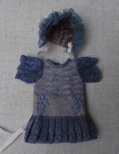 Rare! Antique style outfit in natural silk for mignonette, blue antique laces