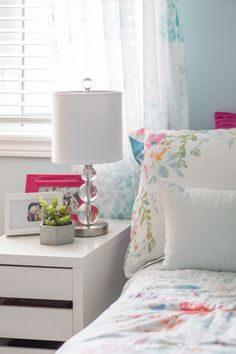 So pretty and bright! Tween bedroom ideas in teal and pink. A beautiful new bedroom for a young girl . #mycolourjourney #parapaints #tweenbedroom #tealbedroom #tween #sustainmycrafthabit Girls Bedroom, Teenage Girl Bedrooms, Bedroom Decor, Bedroom Ideas, Girl Rooms, Cozy Bedroom, Kids Bedroom Designs, White Lamp Shade, Ideas Hogar