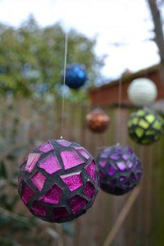 Concetta, Glittering Shards==Mosaic garden balls - similar for sale