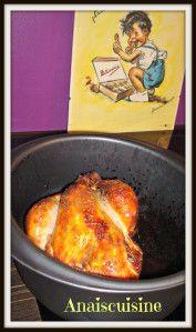 > 1 poulet (fermier de préférence) > 1 cuillère à soupe de miel > poivre > sel (j'ai utilisé un mélange sel/curry/noix de coco fait par ma copinaute Laurie) > 1 cuillère à soupe de thym > 2 cuillère à soupe d'eau Mettre le poulet dans l'ultra pro (c'est...