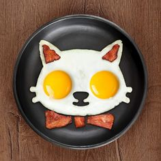 18 Kick-Ass Products That Will Help You Embrace Your Inner Crazy Cat Lady | Cat Lady Confidential Cute Food, Good Food, Cat Egg, Egg Molds, No Egg Pancakes, Blueberry Pancakes, Pureed Food Recipes, Bacon Egg, Kid Lunches