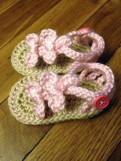 Baby Bow Sandals by #yarnaholics on Etsy, $18.00