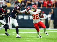 Photo Gallery: Chiefs vs. Texans Game Action