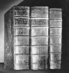 A trajetória histórica da Enciclopédia Britânica | O TRECO CERTO
