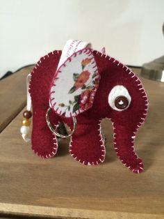 Felt elephant keyring