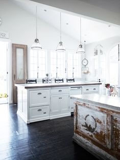 French chic kitchen.