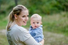 Familenshooint, Outdoorshooting, Familenfotos, Mama und Sohn, Mutter und Kind, Wald, Natur, Fotoshootings, Kinderfotos Kindershooting, Portrait Family Photos, Couple Photos, Mother And Child, Mom And Baby, Portrait, Sons, Photoshoot, Couples, Children