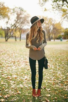 sweater and black skinnies