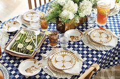 Bunny Williams', this year's Southern Living Idea House decorator, has a beautifuloutdoor entertaining collection for Atlanta-based Ballard Designs.