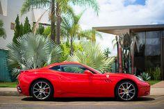 Starring: Ferrari California by Raphael Valença on Flickr. Cool Car Pictures, Car Pics, Ferrari California, Cool Cars, Super Cars, Italy, Cutaway, Italia