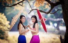 Thai girl dressing with traditional style by Sasin Tipchai - Photo 68842033 - 500px