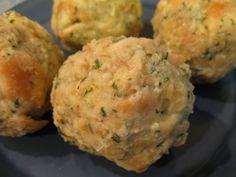 Bavarian Bread Dumplings - Semmelknoedel - German Side Dish from Day-Old Bread: German Bread Dumpling - Semmelknoedel