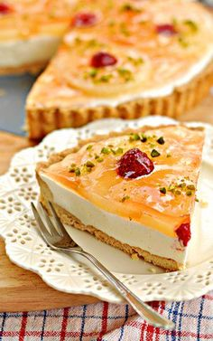 Tart with pineapple and yoghurt-lemon cream Sweet Recipes, Cake Recipes, Dessert Recipes, Polish Recipes, Polish Food, Sweet Tarts, Food Cakes, Cheesecake, Food And Drink