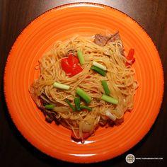 #1117: Thai Pavilion Spicy Pad Thai Instant Rice Noodles & Sauce | The Ramen Rater