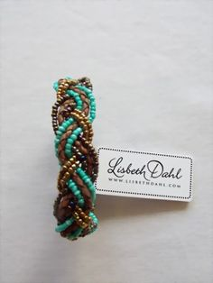 Perlenarmband in frischen Farben von Lisbeth Dahl - Tuchtraum