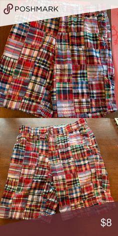 437ea21fd0 Mens Izod Saltwater plaid shorts size 30 Mens saltwater Izod plaid shorts. Size  30.