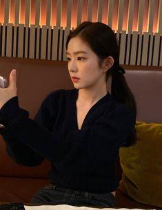 kpop, red velvet y joy imagen en We Heart It Seulgi, Kpop Girl Groups, Kpop Girls, We Heart It, Red Velvet Photoshoot, Red Velet, Prity Girl, Red Velvet Irene, Elle Fanning