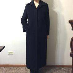 Weakened sale CInzia Rocca  Made in Italy coat Size 6 black ,incredible soft,elegant coat ,size 6 but fits to size 6-8 Cinzia Rocca  Jackets & Coats