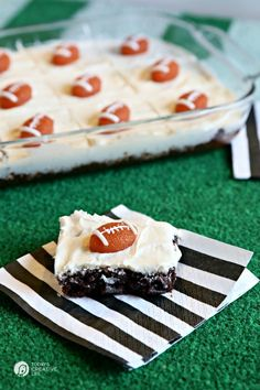 Game Day Brownies | Make game day special with brownies for dessert! See more on Today's Creative Life