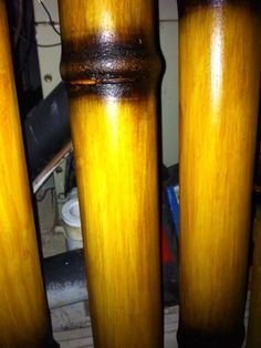 Faux* Bamboo Finish on PVC Pipe! Great for those naturalistic projects. Pvc Pipe Crafts, Pvc Pipe Projects, Diy Craft Projects, Home Projects, Projects To Try, Pvc Furniture, Furniture Ideas, Tiki Hut, Faux Bamboo