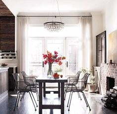 11 things we love about Keri Russell's kitchen. An effortlessly stunning space with organic elements and chic details. For more celebrity home tours and celebrity style go to Domino.