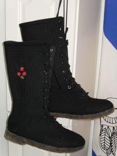 """tallukkaat Combat Boots, Shoes, Fashion, Moda, Shoes Outlet, Fashion Styles, Combat Boot, Shoe, Footwear"