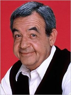 Ahh Mr Cunningham, Tom Bosley, I loved growing up watching Happy Days :) he'll always be one of my favorite sitcom dads