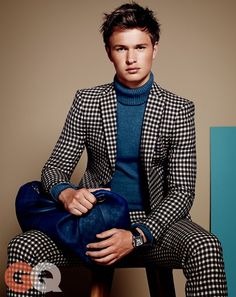 Ansel Elgort by Paola Kudacki. July Men's black and white checkered suit with blue turtleneck sweater Gq Style, Gq Mens Style, Mode Style, Mens Fashion Suits, Mens Suits, Gq Magazine Covers, Moda Men, Mode Costume, What To Wear Today