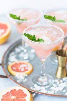 Pink Cocktails | Grapefruit Cocktails | Cocktail Tray
