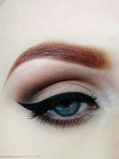 Wow! Love this smokey makeup with a cat eye. The brows are perfect,too