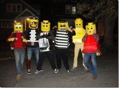 DIY Tutorial: DIY Men Halloween Costumes / How to Make Your Own Lego Brick Halloween Costume - Bead&Cord Lego Halloween Costumes, Halloween 2014, Halloween House, Holidays Halloween, Lego Costume, Funny Costumes, Diy Halloween Costumes, Halloween Treats, Halloween Stuff