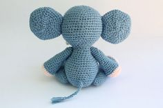 Please Read! ************************************************************************** This is a DOWNLOADABLE PATTERN, NOT THE FINISHED PRODUCT. ************************************************************************** Size: The Elephant is about 24cm Tall (9inch) This pattern is easy