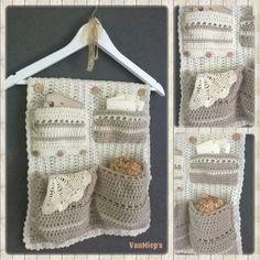 Crochet Organizer, Crochet Storage, Crochet Gifts, Crochet Lace, Crochet Home Decor, Bathroom Organisation, Crochet Slippers, Loom Weaving, Crochet Projects